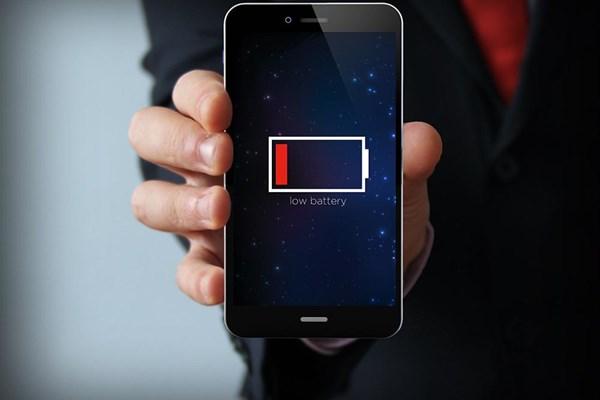 چرا باتری گوشی بعد از مدتی ضعیف می شود؟